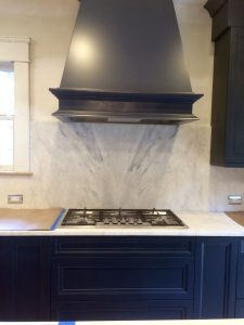 Trendsetting Kitchen Cabinet Color: Blue