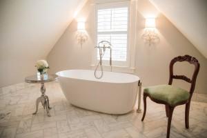 Master Bath Alcove